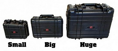 Valise renforcée XSories comme top case Malette%20xsories%20big%20huge%20black%20box